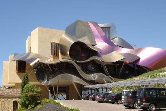 City of Win dComplex for Marques de Riscal Windery, location - Elciegeo, Spain, 2006 Frank Ghery, Canadian American